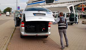 Bei der Rückkehr des Kunden am Ende der Kreuzfahrt erfolgt der kostenfreie Rücktransfehr durch unsere Shuttles zum naheliegenden Parkgelände